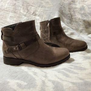 Teva De La Vina Waterproof Ankle Booties 7.5